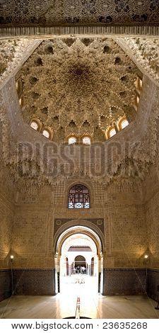 Ceiling and Door Alhambra