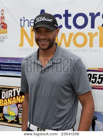 TARZANA, CA - APRIL 18: Stephen Bishop arrives at the 8th annual