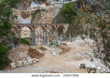 Marble quarry (Ponti di Vara) near Carrara, Tuscany, Italy
