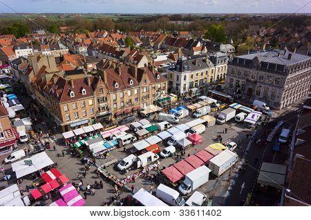 Bergues Weekly Street Market