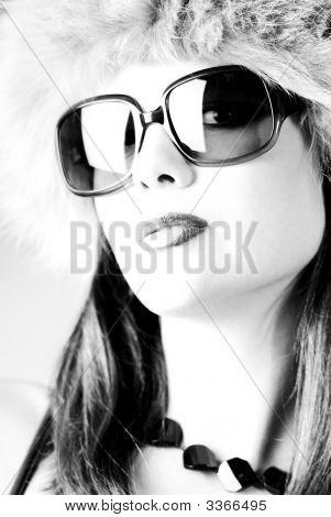 Glamour Woman B/W