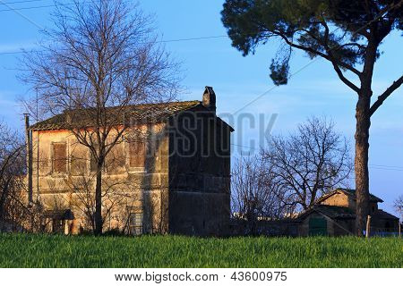 Old house in the park of the Aqueducts