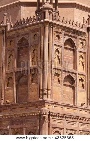 Details Of Historical Monument In Allahabad, Uttar Pradesh, India