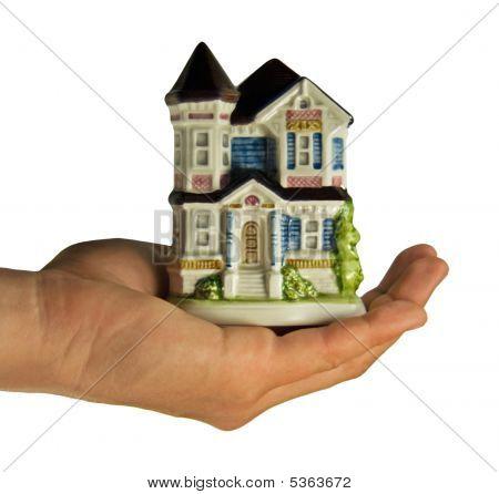 Casa na mão - conceito imobiliária