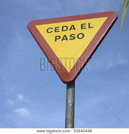 Yield Sign In Spanish