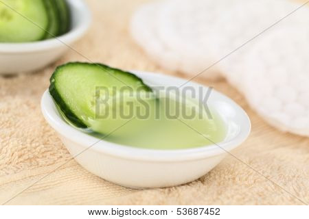 Cucumber Facial Toner