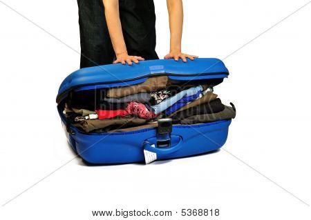 Close The Suitcase