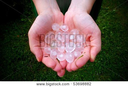 big hail in hand