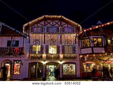 Bavarian Building Christmas Holiday Bustle