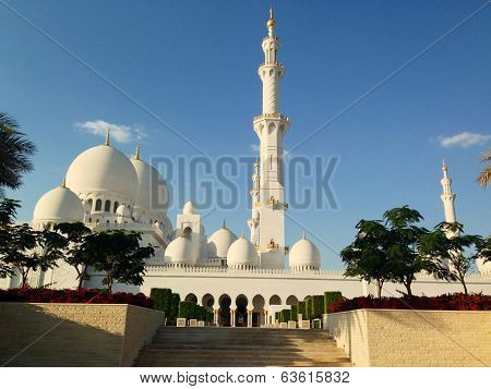 Sheikh Zayed Mosque in Abu Dhabi