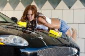 pic of car wash  - An auburn model takes time out to wash her car - JPG