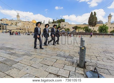 Four Young Jews