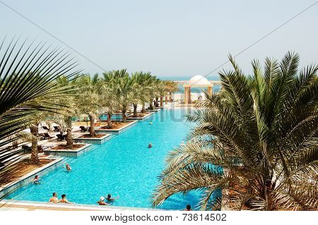 Ras Al Khaimah, Uae - June 9: The Tourists Enjoying Their Vacation At Luxury Hotel On June 9, 2012 R