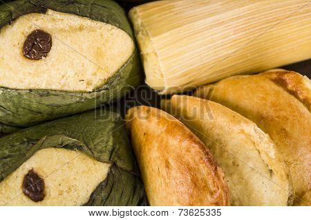 quimbolitos ecuadorian traditional dessert
