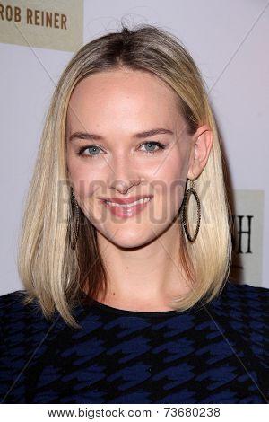 LOS ANGELES - OCT 6:  Jess Weixler at the