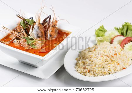 Fried Rice With Sour And Spicy Of Shrimp Soup