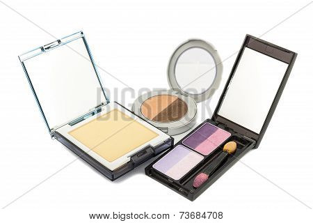 Eye Shadow And Powder Compact