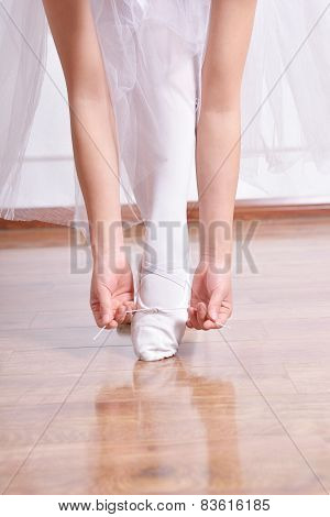 Featured  Shoes And Hands