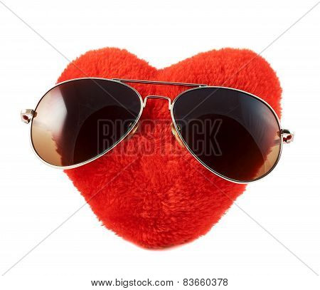 Red heart in a sunglasses