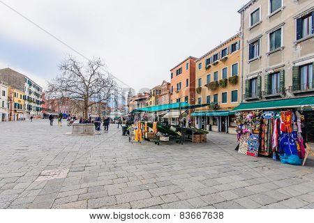 Santa Margherita Square, Venice