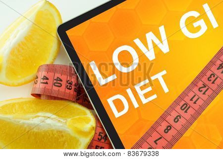 low gi (low glycemic index) diet on tablet.