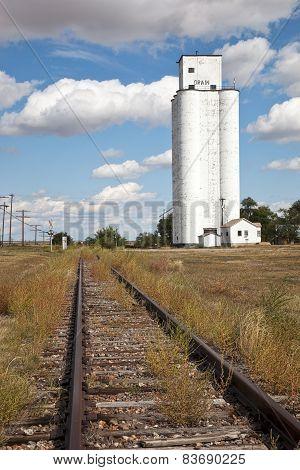 Tracks And Silo