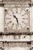 Постер, плакат: Ancient clock