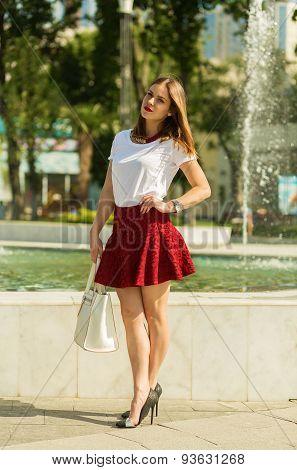 Beautiful Girl Shopping In The City
