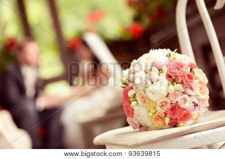 Wedding Bouquet With Bride And Groom Silhouettes