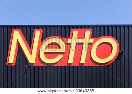 Netto logo on a facade