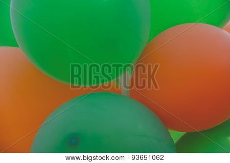 Halloween Color Balloons green and orange