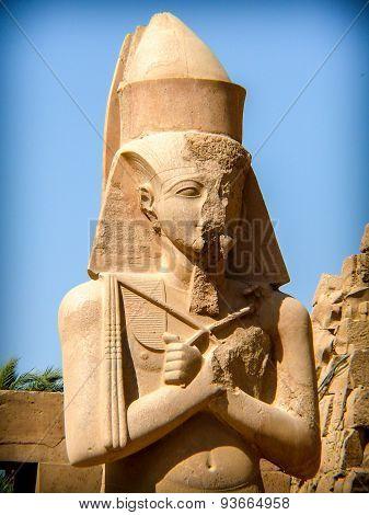 Pinedjem I Statue