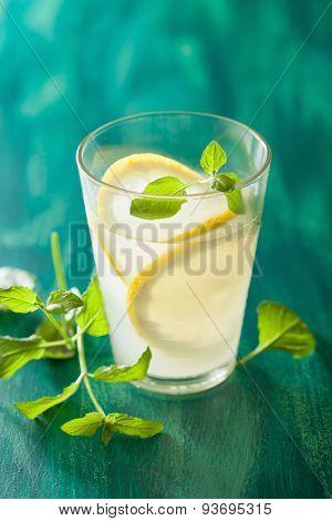 fresh lemonade with mint in glass