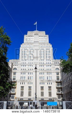 Senate House Library In London