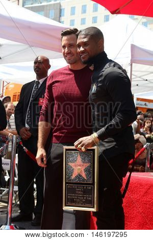 LOS ANGELES - SEP 7:  Edgar Ramirez, Usher Raymond IV at the Usher Honored With a Star On The Hollywood Walk Of Fame at the Eastown on September 7, 2016 in Los Angeles, CA