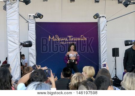 LOS ANGELES - AUG 30:  Selena Quintanilla Wax Figure, fans at the Selena Quintanilla Wax Figure Unveiling at the Madame Tussauds Hollywood on August 30, 2016 in Los Angeles, CA