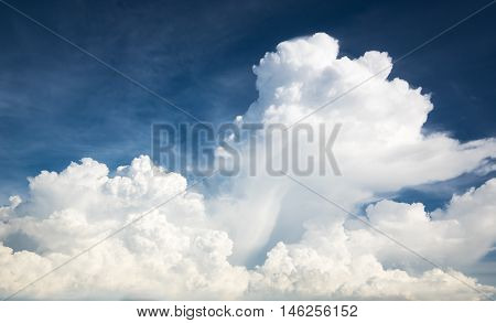 The  clear huge cloud withe blue sky