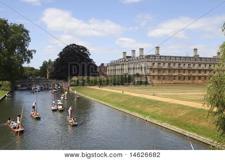 Punter Boats Passing King's College In Cambridge