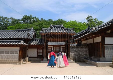 SEOUL, SOUTH KOREA -MAY 21: Lady in Hunbok dress at Gyeongbokgung Palace on May 21, 2016 in Seoul, South Korea.