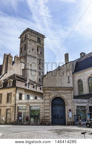 Place Notre Dame With Characteristic Houses And View To City Hall Tower