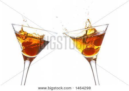 Tostadas con dos copas de Cóctel