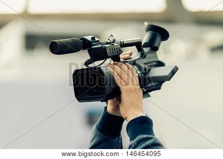 Recording with tv camera, color image, toned image