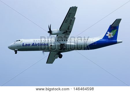 CHIANGMAI THAILAND -OCTOBER 3 2012: RDPL-34176 ATR72-500 of Lao Airline. Landing to Chiangmai airport from Luang Prabang (Laos).