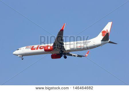 CHIANGMAI THAILAND - FEBRUARY 26 2014: HS-LTH Boeing 737-900ER of Thai lionair airline landing to Chiangmai airport from Bangkok Don Muang Airport thailand.
