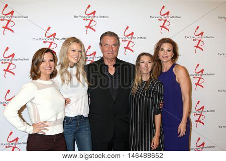 LOS ANGELES - SEP 8:  Melissa Claire Egan, Melissa Ordway, Eric Braeden, Elizabeth Hendrickson, Gina Tognoni at the YnR's 11,000 Show Party at CBS on September 8, 2016 in Los Angeles, CA