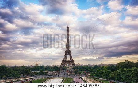 Eiffel Tower Sunset Views
