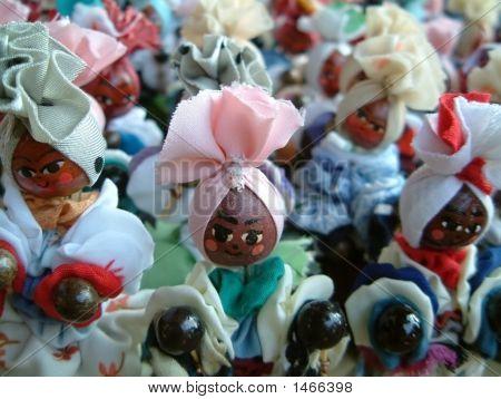 Cuban Dolls At Market