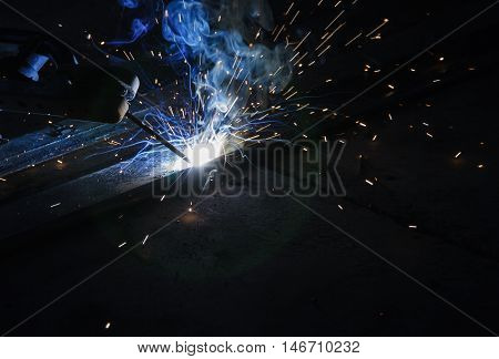 Arc welding and welding fumes of steel welding process.