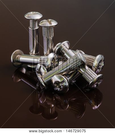 Furniture accessories. A furniture connector for assembling furniture.