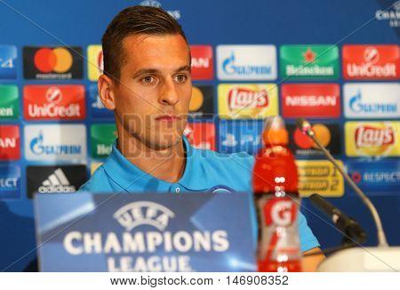 Uefa Champions League Dynamo Kyiv V Napoli: Pre-match Press-conference